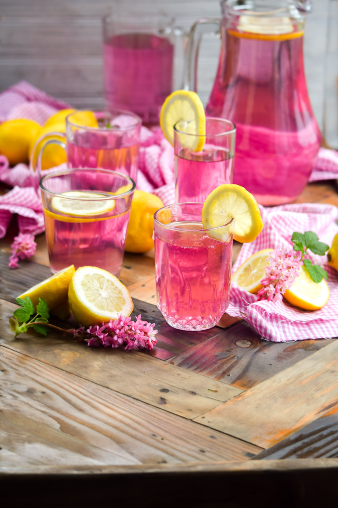 How to Make Naturally Pink Lemonade (9)