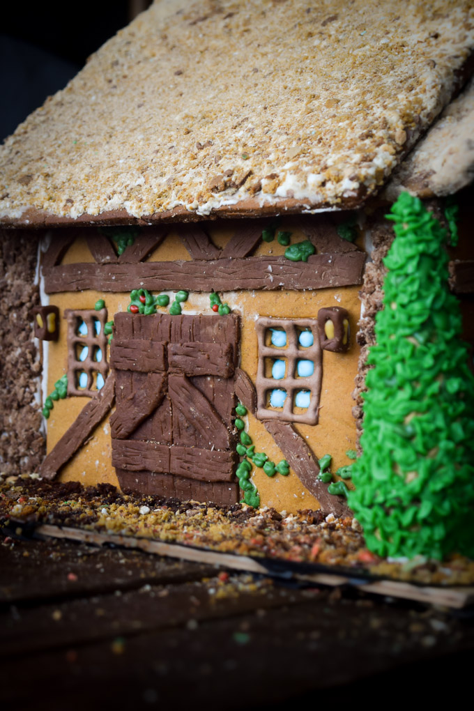 Gingerbread House 2015! Fairytale Forest Cottage (10)