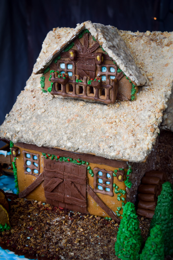 Gingerbread House 2015! Fairytale Forest Cottage (4)