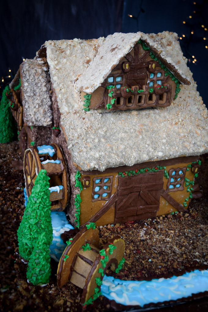 Gingerbread House 2015! Fairytale Forest Cottage (5)