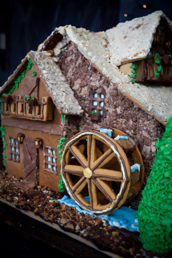 Gingerbread House 2015! Fairytale Forest Cottage (7)