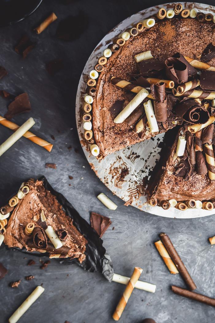 Nutella Cheesecake Dark Chocolate Overload Cake (4)
